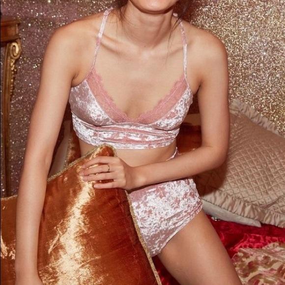 fe639491433e0 Aerie Velvet Bralette   High-Waist Panty Set Pink